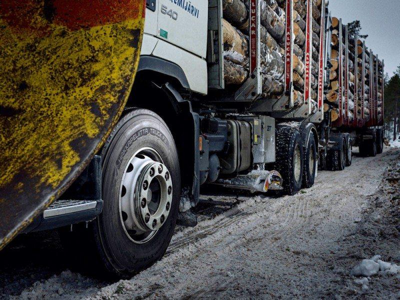 Nokian launches Hakkapeliitta Truck F2 steer tyre