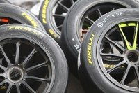 Pirelli renews GT racing range