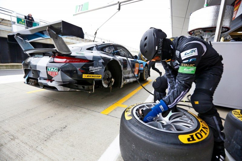 Dunlop runners achieved victory and podiums at the 6 Hours of Silverstone