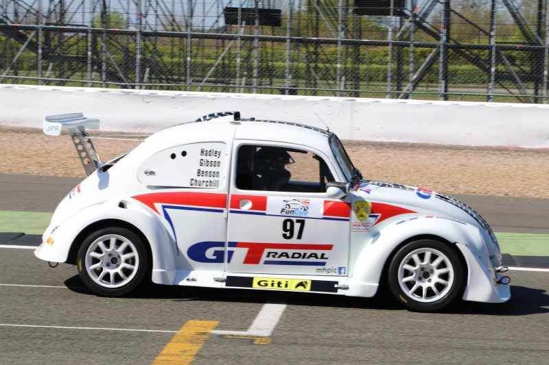 The GT Radial liveried Volkswagen Beetle has joined the 2017 Fun Cup UK grid, which runs on the Giti GTR2 competition racing tyre