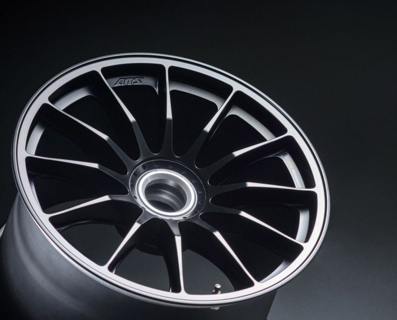 The ATS rims leave the factory varnished in a semi-matt black colour