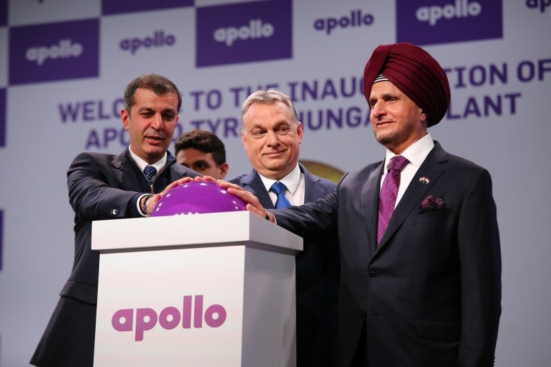 Neeraj Kanwar, vice chairman and managing director of Apollo Tyres; prime minister of Hungary, Viktor Orban; Onkar S Kanwar, chairman of Apollo Tyres, open the new Hungarian facility