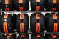 Pirelli announces F1 compounds for 2017 British grand prix