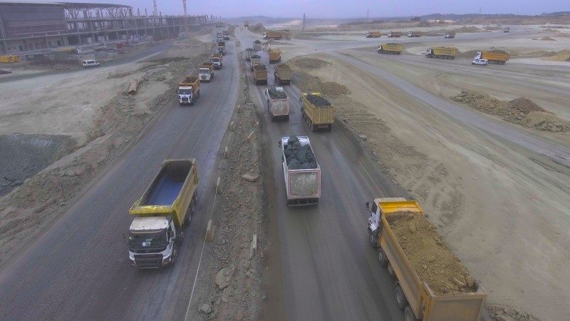Goodyear is supplying tyres from its Omnitrac II range to thousands of vehicles working at the airport construction site