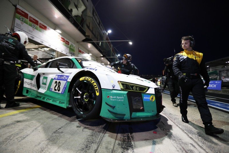 Land Motorsport Audi made a last minute switch to Dunlop's wet tyre