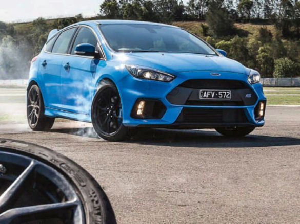 Nine size 235/35 R19 rubber using a Ford Focus RS as test vehicle