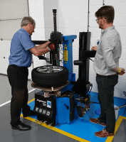 Tyresure launches IMI TPMS training programme at Automechanika