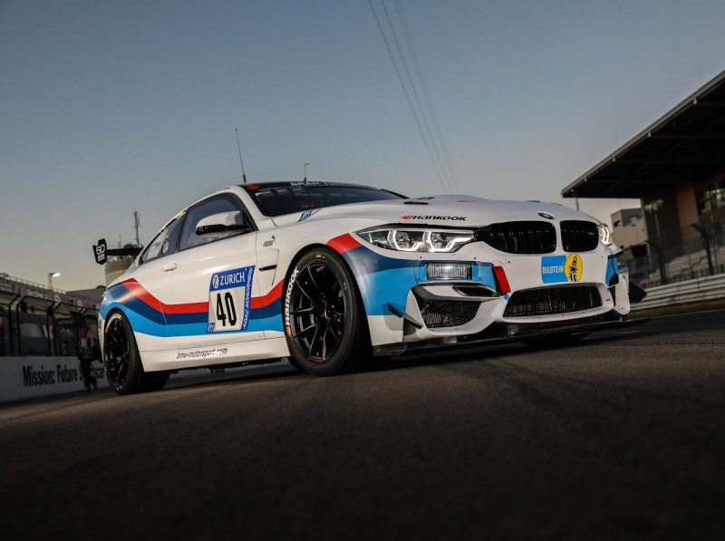 BMW Motorsport has selected the Ventus Race in size 300/660 R18, on 11x18-inch rims, for the M4 GT4