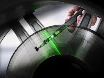 Hand-held laser tread-depth scanners come to the fore