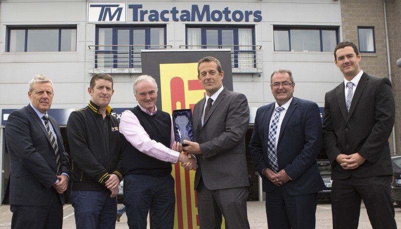 Tractamotors wins Pirelli 4x4 Key Dealer of the Year 2016