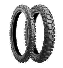 The RM-Z450 will wear the Battlecross X30 in size 80/100-21 51M at the front and 110/90-19 62M on the rear
