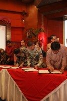 Wonderful Indonesia – Achilles signs co-branding MoU