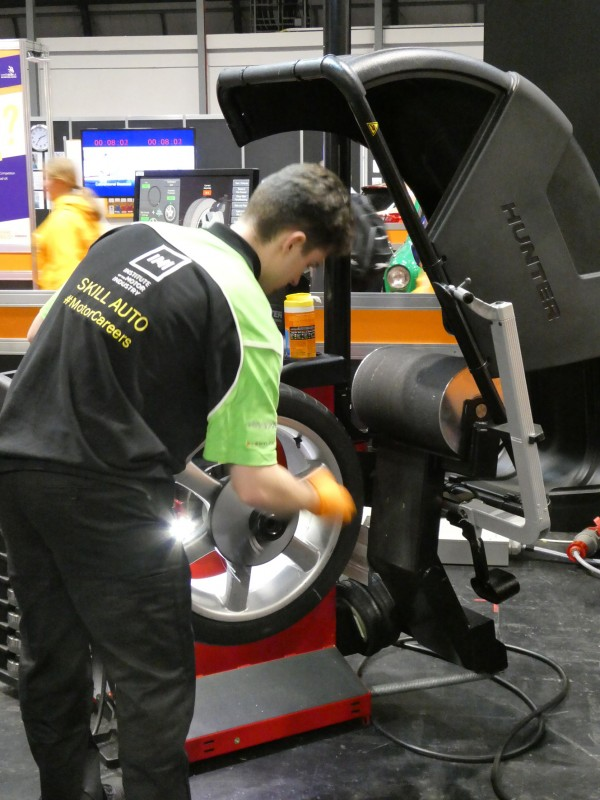 For the first time, the Hunter Road Force diagnostic wheel balancing system was used at the Skills Show