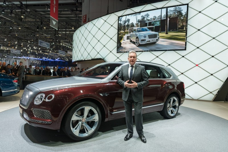 Is Bentley's Bentayaga V8 the first hybrid electric super-luxury car?