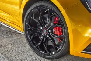 Bridgestone tyres OE on Renault Mégane R.S.