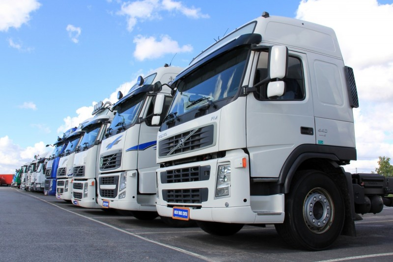 2018 UK truck tyre market data overview