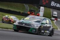 Lloyd extends TCR UK championship lead