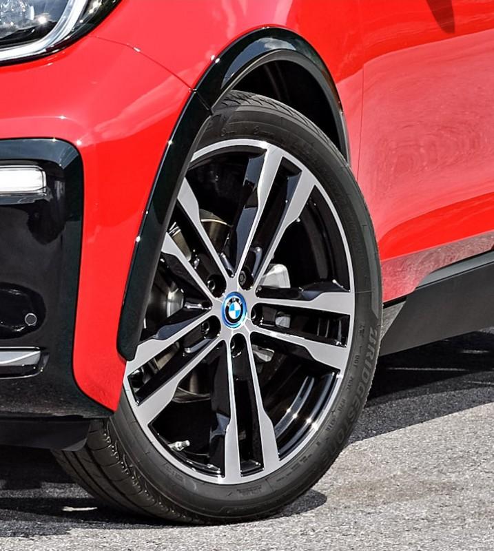 Wider Bridgestone fitment providing more grip for BMW i3s