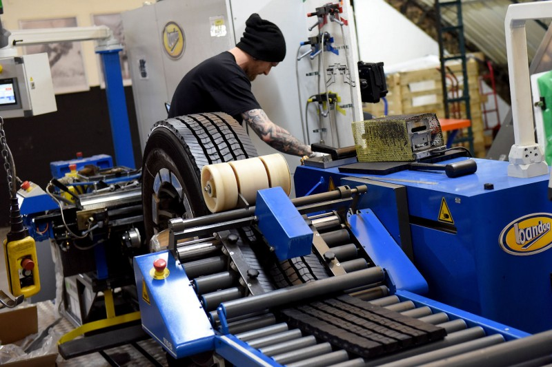 Bridgestone lifts Bulldog production, invests in UK retreading as duties drive demand