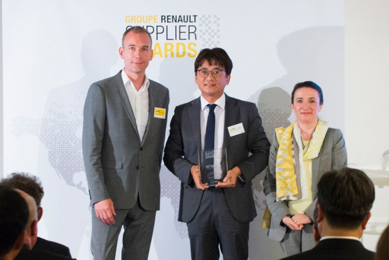 Hankook gains Renault CSR award