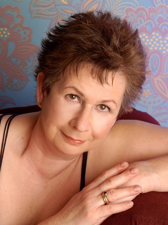 Lyn Barrett passes away