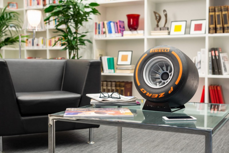 It's a tyre, it's a speaker...Pirelli joins forces with iXOOST