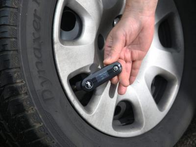 Survey shows nearly 40 per cent of LCVs have dangerously inflated tyres