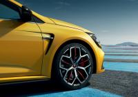 Renault Mégane R.S. Trophy to wear Bridgestone tyres