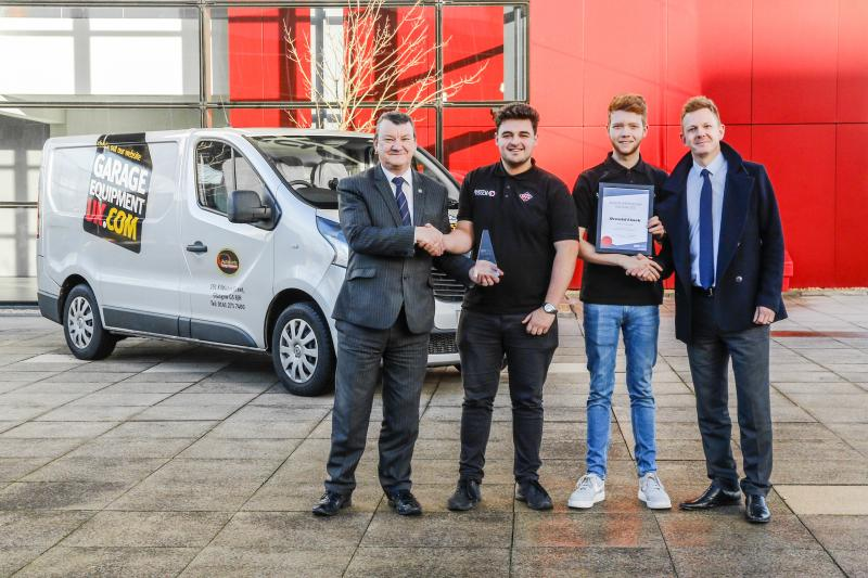 Garage equipment apprentices win first prize in apprenticeship challenge