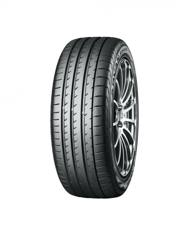 Yokohama enters 20th year supplying Lotus with new road legal OE track tyres