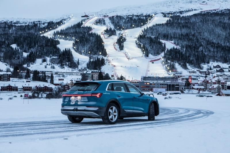 Pirelli Ice Zero 2 studded tyres take bow at World Skiing Championships in Sweden