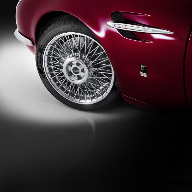 Iconic British car brands fit Avon at Geneva Motor Show