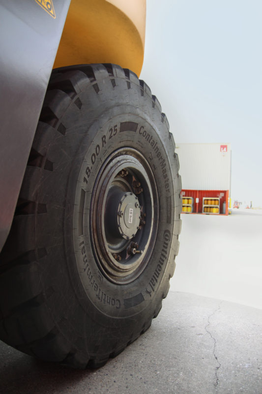 Continental targets full solutions provision for port industry alongside new tyre portfolio