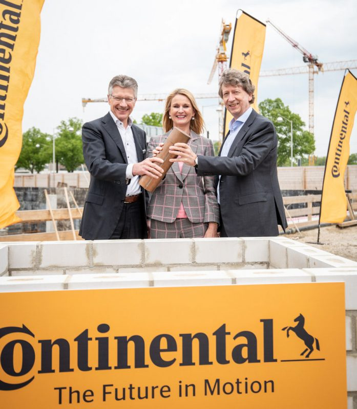 Continental bosses lay foundation stone for new HQ
