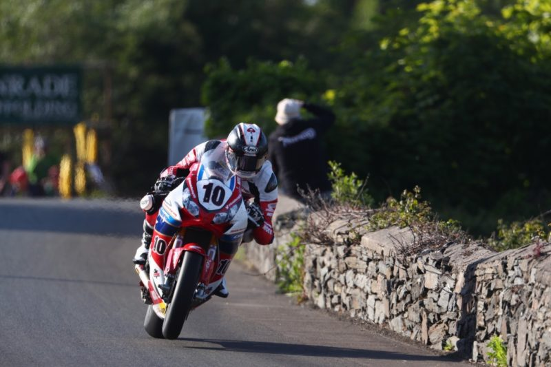 Dunlop brings new slick tyre to Isle of Man TT