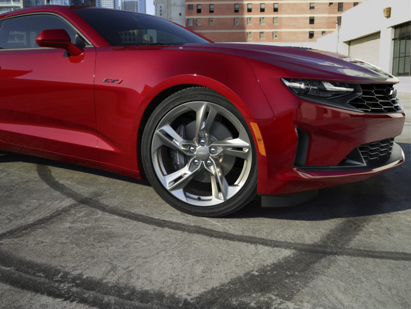 2020 Camaro features Tire Fill Alert system