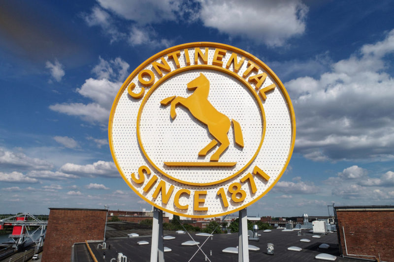 Continental discussing 'need for action' with employee representatives