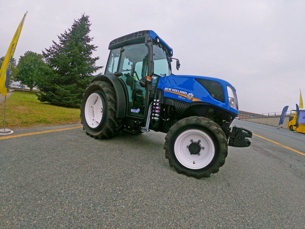New Holland approves Trelleborg PneuTrac for T4