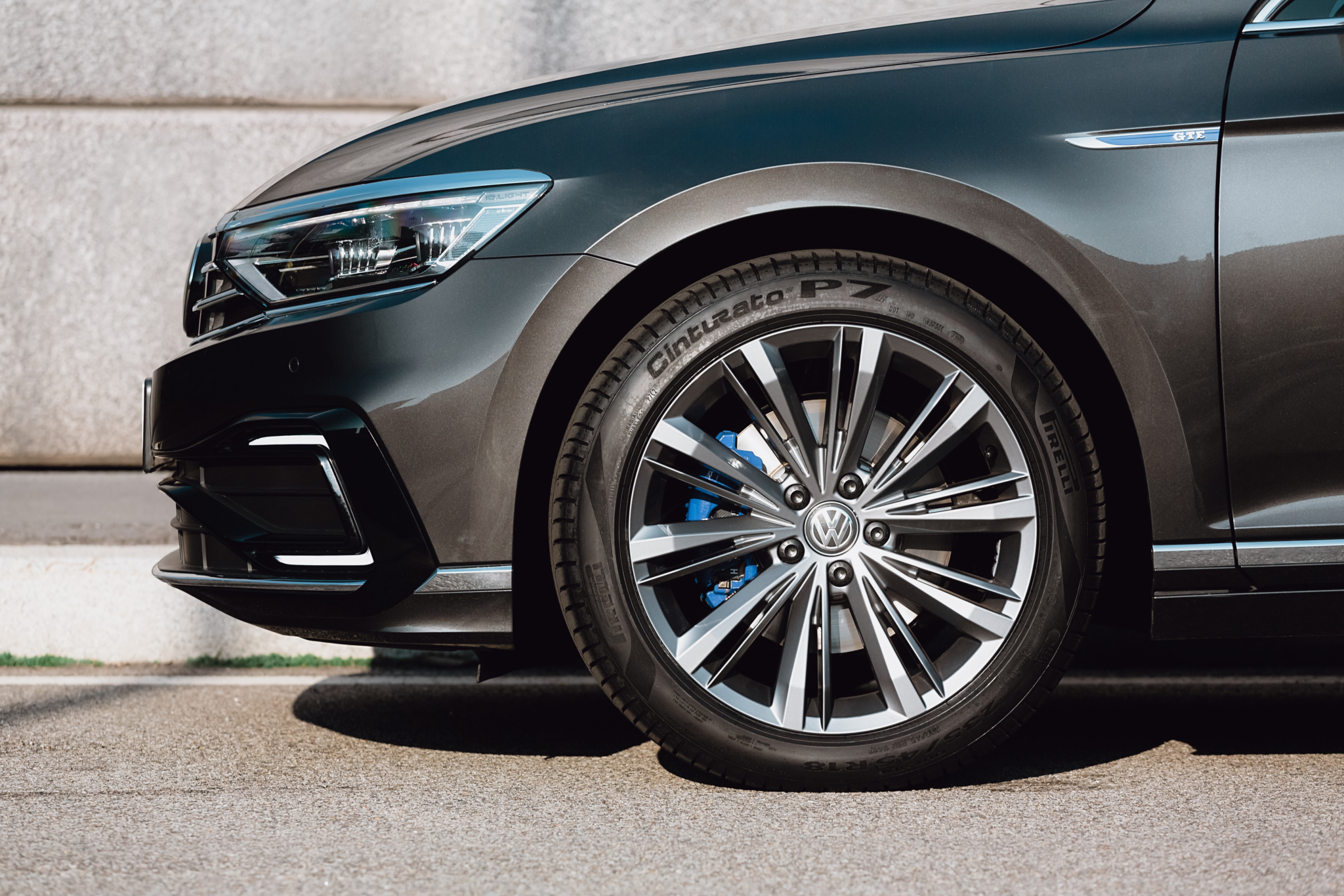 Pirelli launches Cinturato P7 performance tyre with 'intelligent compound'