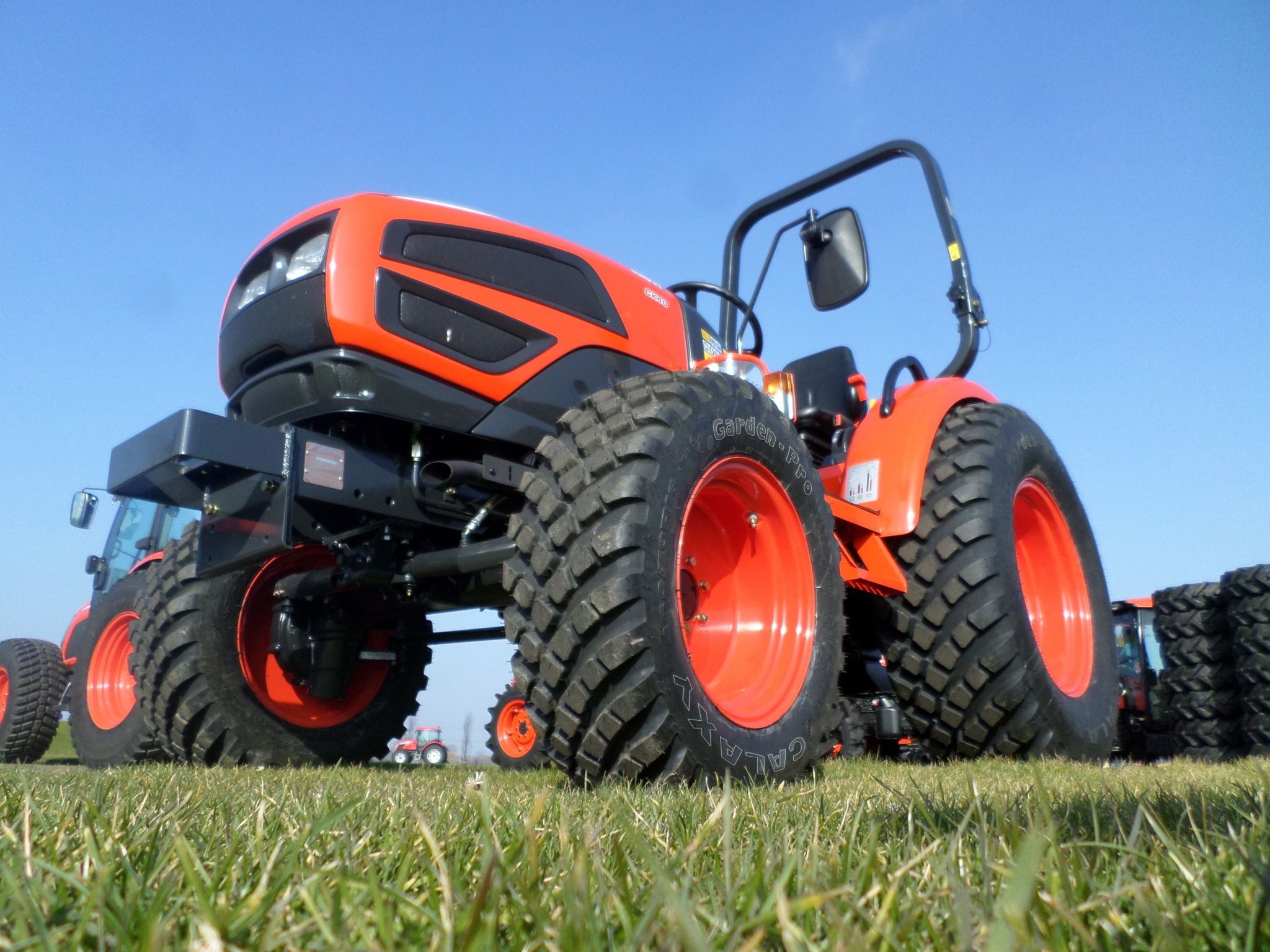 ATG extends Galaxy Garden Pro lawn and turf tyre range