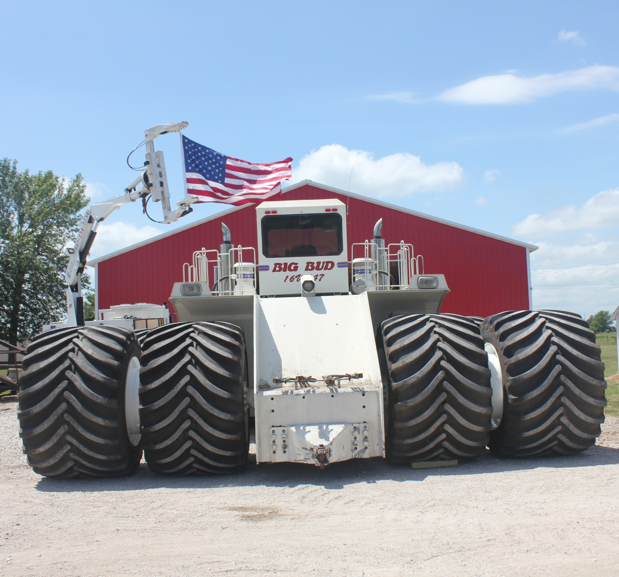 Goodyear Farm Tires' low sidewall tech fitted to world's largest tractor