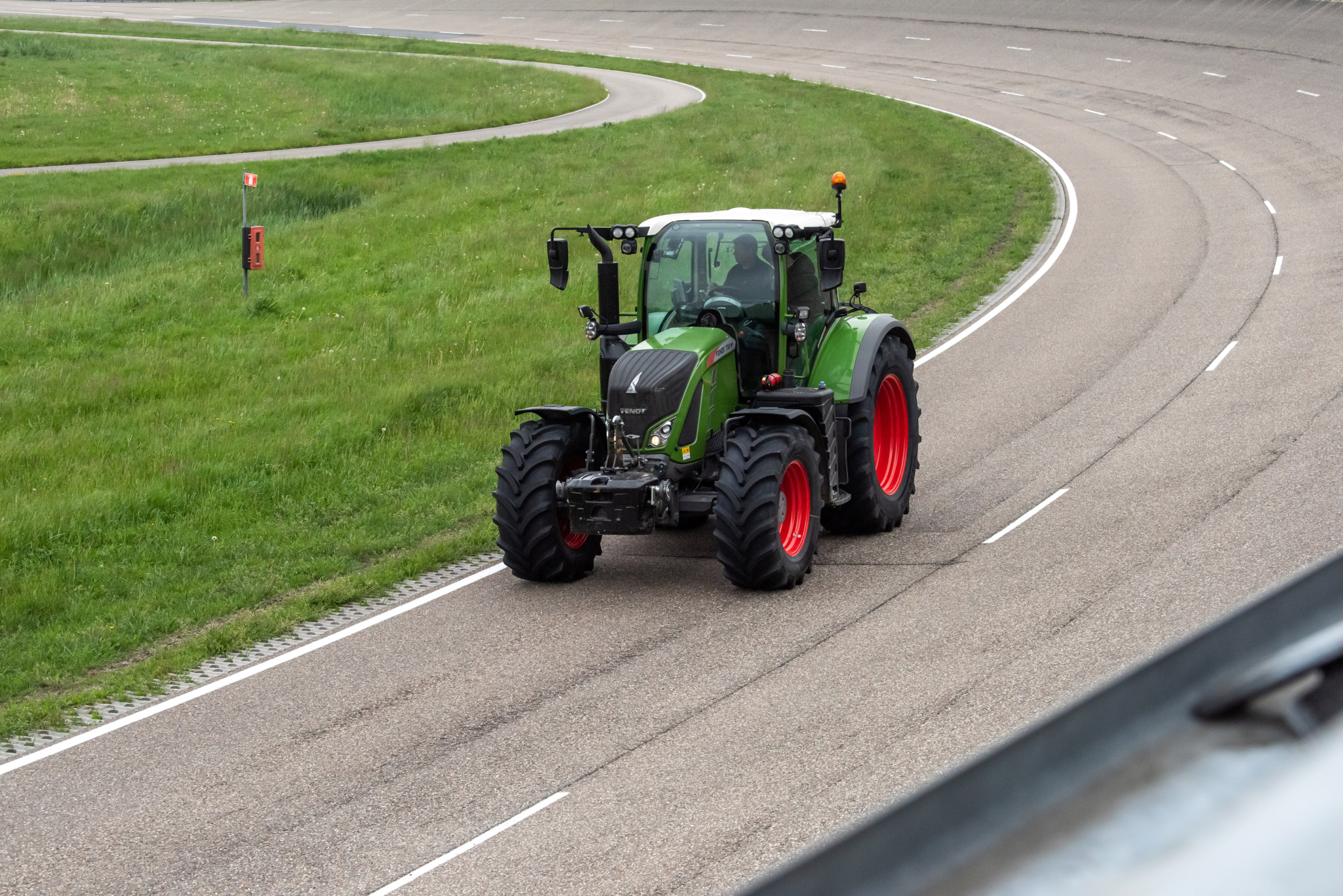 Vredestein expands Traxion 65 tractor tyre range to 19 sizes