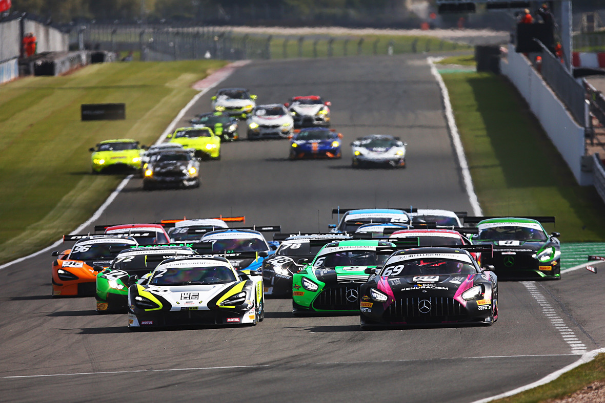 Pirelli heads to Snetterton for penultimate British GT round