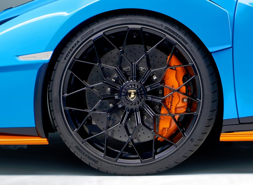 Bridgestone to supply Lamborghini Huracán STO supercar tyres