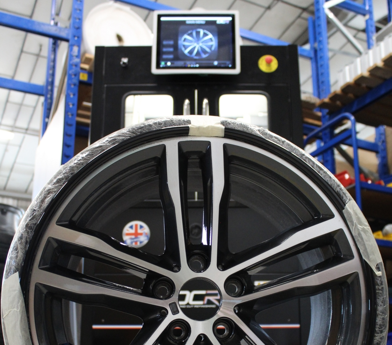 DCR presents 'cutting edge technology' for alloy wheel refurbishment