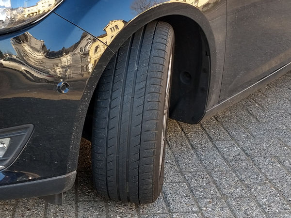 Continental investigating the feasibility of car tyre retreading
