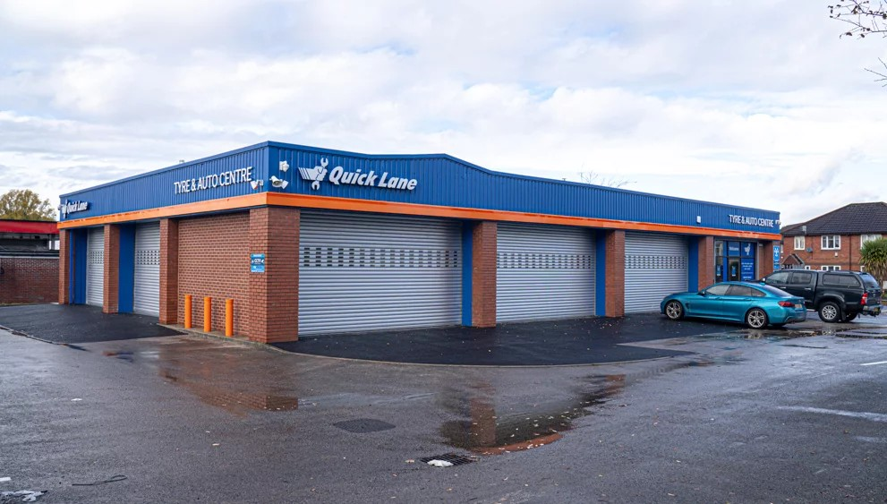Quick Lane opens 5th franchised centre in Gorton, Manchester