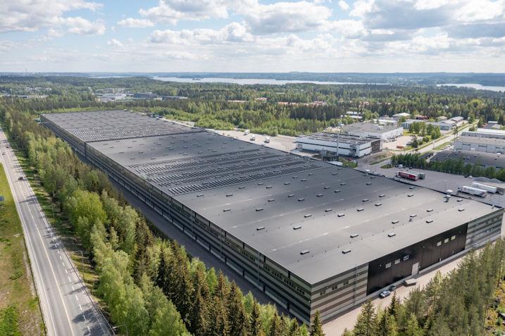 Nokian Tyres installs solar plant at Finnish logistics centre