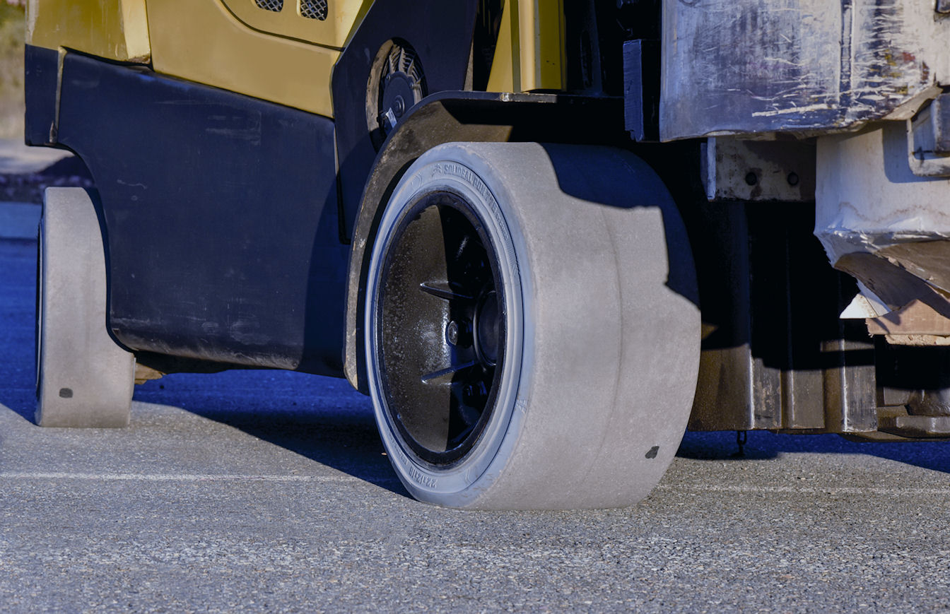 The most forgiving colour: Why Camso non-marking tyres are grey