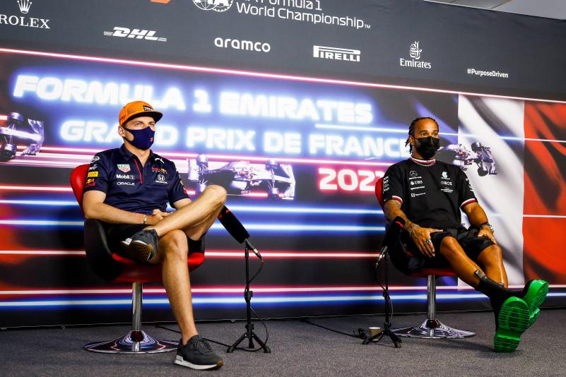 Verstappen not happy with Pirelli's Azerbaijan GP tyre failure explanation